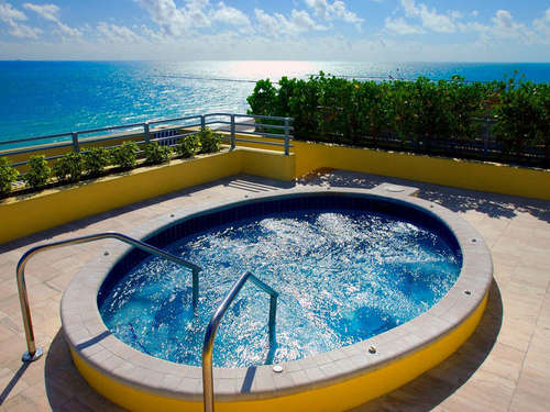 Room Hotel Balconary Bathroom Jacuzzi